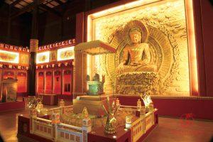 Островная витрина в музее Нанкина