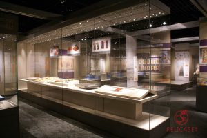 Витрины островные сверхформатные в музее Синьцзян-Уйгурского АО (Китай)